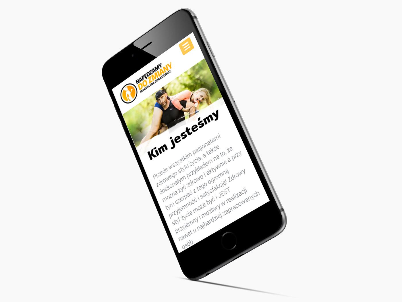 Napędzamy do zmiany - projekt strony w wersji mobilnej na iphonie