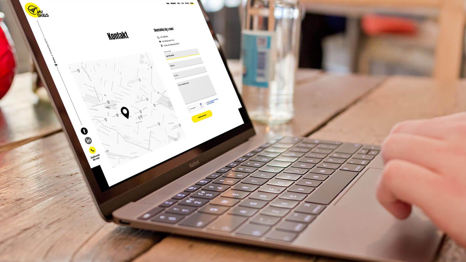 Wizualizacja sekcji kontakt na nowej stronie internetowej MySkills. Lokalizacja; Kutno, Łódzkie.