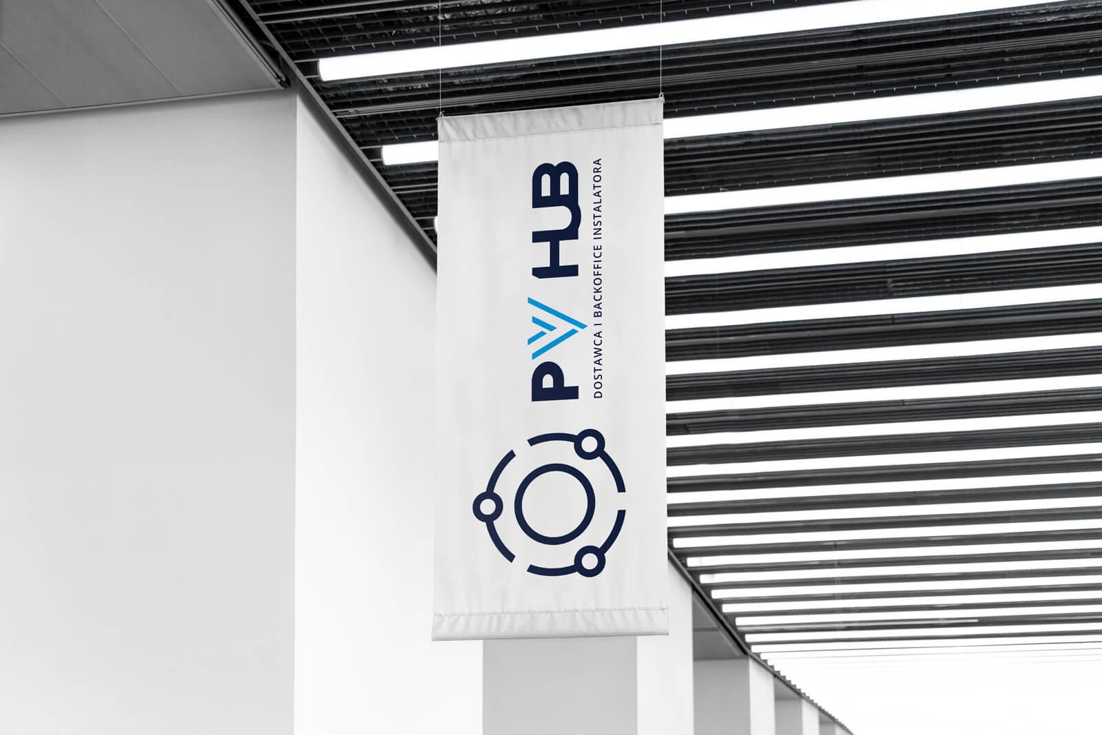 Projekt logo dla PVhub - dostawca i backoffice instalatora fotowoltaiki - wizualizacja na fladze